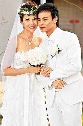 蔡少芬和张晋现在正在度蜜月