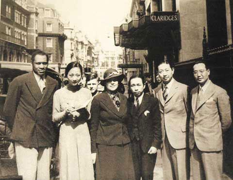 图:戏剧大事梅兰芳生活照 与黑人合唱家合影
