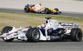 图文:F1瓦伦西亚官方试车 库比卡展示宝马新车