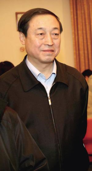 赵凤桐在接受记者采访。(资料图片)