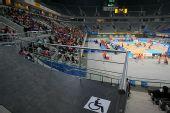 图文:国家体育馆二层临时搭建的轮椅观众平台
