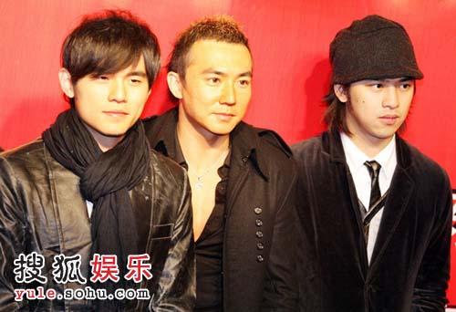 陈柏霖、刘畊宏、周杰伦亮相红毯