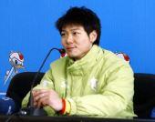图文:速滑男短赛后发布会 于凤桐发布会发言