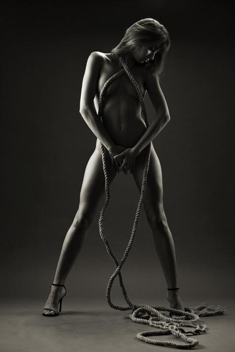 男子人体艺术照_ciprian黑白人体艺术