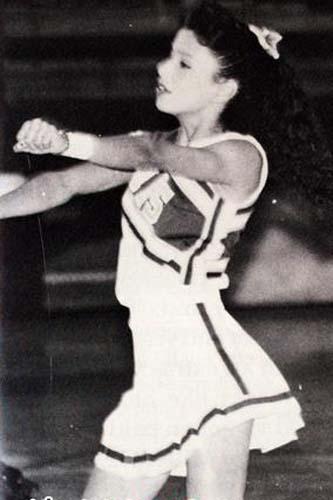 少年时期的伊娃-朗格利亚-帕克