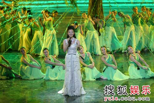 图:北京电视台春晚录制现场精彩图片-30