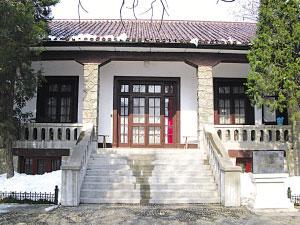 蒋介石温泉别墅外景。