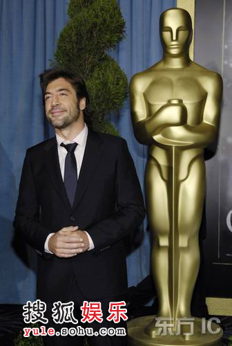 获得最佳男配角提名的贾维尔-巴登