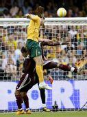 图文:[世预赛]澳洲3-0卡塔尔 肯尼迪破门瞬间