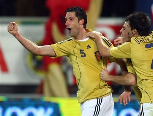 图文:西班牙1-0法国 卡普一球定乾坤