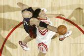 图文:[NBA]火箭胜骑士 大Z阻击姚明