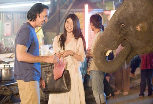 尼古拉斯-凯奇和杨采妮在《美版无声火》拍摄现场
