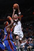 图文:[NBA]尼克斯VS雄鹿 维拉纽瓦上篮