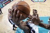 图文:[NBA]黄蜂胜灰熊 盖伊快攻