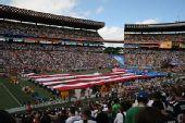图文:NFL全明星赛精彩纷呈 简短的开幕仪式