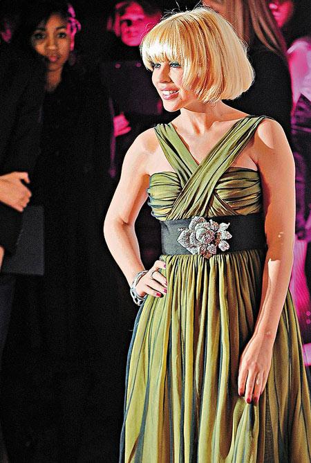 时尚女性奖:凯莉-米洛(Kylie Minogue)