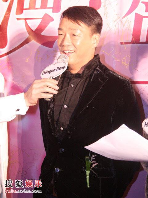 王喜接受采访