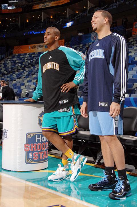 图文:[NBA]全明星首训图 保罗与德隆在一起