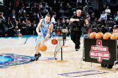 图文:[NBA]全明星技巧赛图 德隆运球