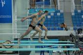 图文:跳水世界杯赛前选手训练 步调一致
