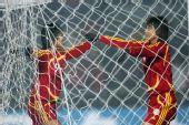 图文:[四强赛]女足3-2韩国 韩端冲进球网