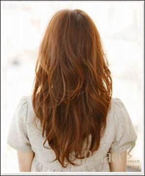 styling point:在头发半湿半干的状态时,轻轻用润发剂揉在头发里面图片