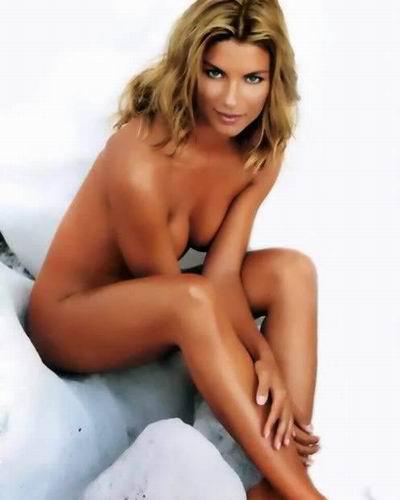 科斯塔库塔妻子,前意大利小姐科隆巴里