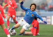 图文:[四强赛]日本VS韩国 大野忍遭侵犯