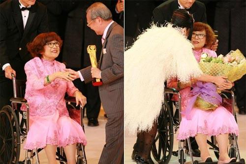 2007年,沈殿霞获万千星辉演艺大奖的肯定