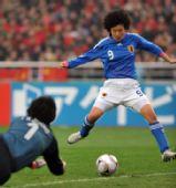 图文:[四强赛]中国0-3日本 荒川惠理子在进攻