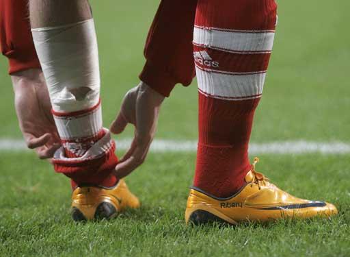 图文:[德甲]拜仁1-1汉堡 里贝里准备登场
