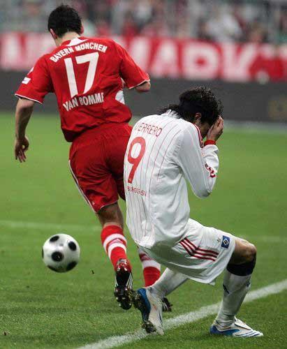 图文:[德甲]拜仁1-1汉堡 拜仁旧将格雷罗