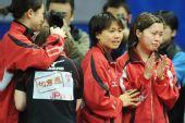 图文:日本女团3-2击败韩国 日本选手喜极而泣
