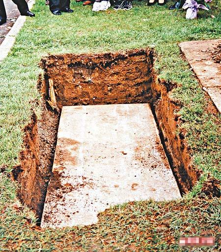 明日肥姐的灵柩将会在科士兰墓园落葬,其墓地面积与上图相近