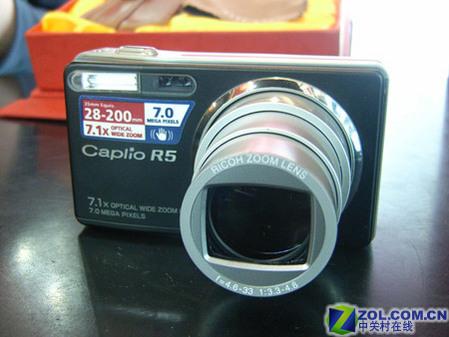 七百万防抖小长焦 理光口袋机R5降价