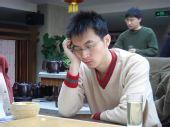 图文:[围棋]名人战本赛首轮 王磊八段比赛中