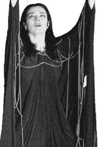 玛利亚在表演戏剧供图/希腊国家剧院