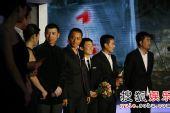 图:搜狐十年庆典现场 《集结号》众主创上台
