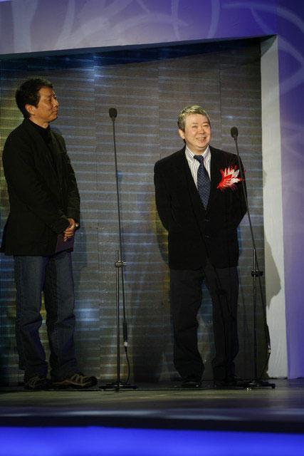 文隽黄建新揭晓年度电影人