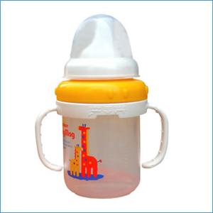 常用鸭嘴杯影响儿童学说话