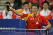 图文:中国男乒3-0战胜中国香港 表情有点夸张