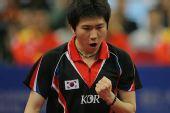 图文:男团决赛马琳3-1柳承敏 柳承敏握拳大吼