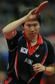 图文:男团决赛马琳3-1柳承敏 柳承敏姿势标准