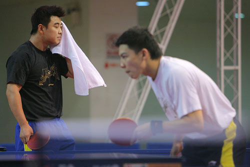 图文:世乒赛团体赛赛前回顾 王皓陈玘好似对决