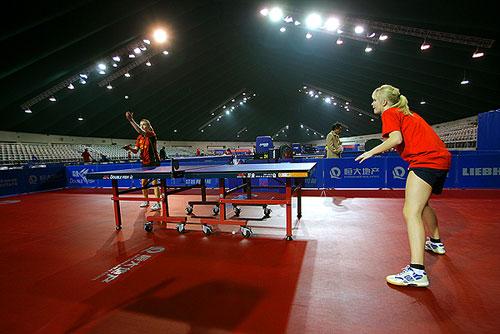 图文:世乒赛团体赛赛前回顾 赛前训练热身