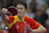 图文:世乒赛团体赛最佳回球动作 大力抿嘴回球