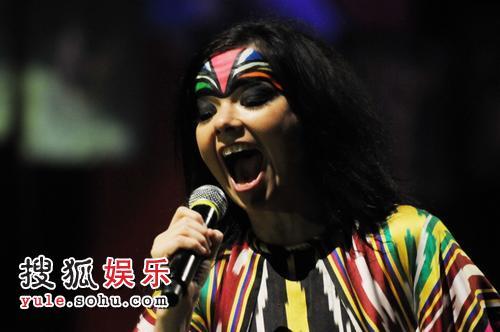 """比约克""""2008世界巡演上海演唱会""""现场"""