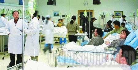 近几年来,医患关系很紧张 摄影王长久(资料图片)