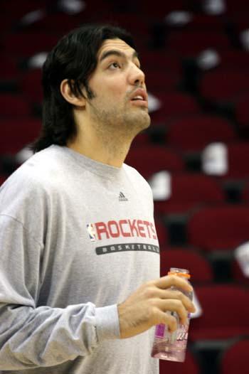 图文:[NBA]火箭训练图 斯科拉思索
