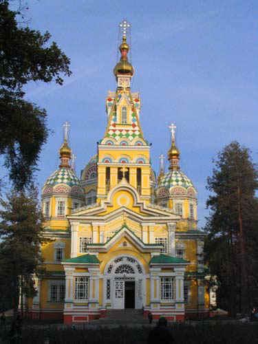 图文:阿拉木图 Zenkov Cathedral木结构大教堂